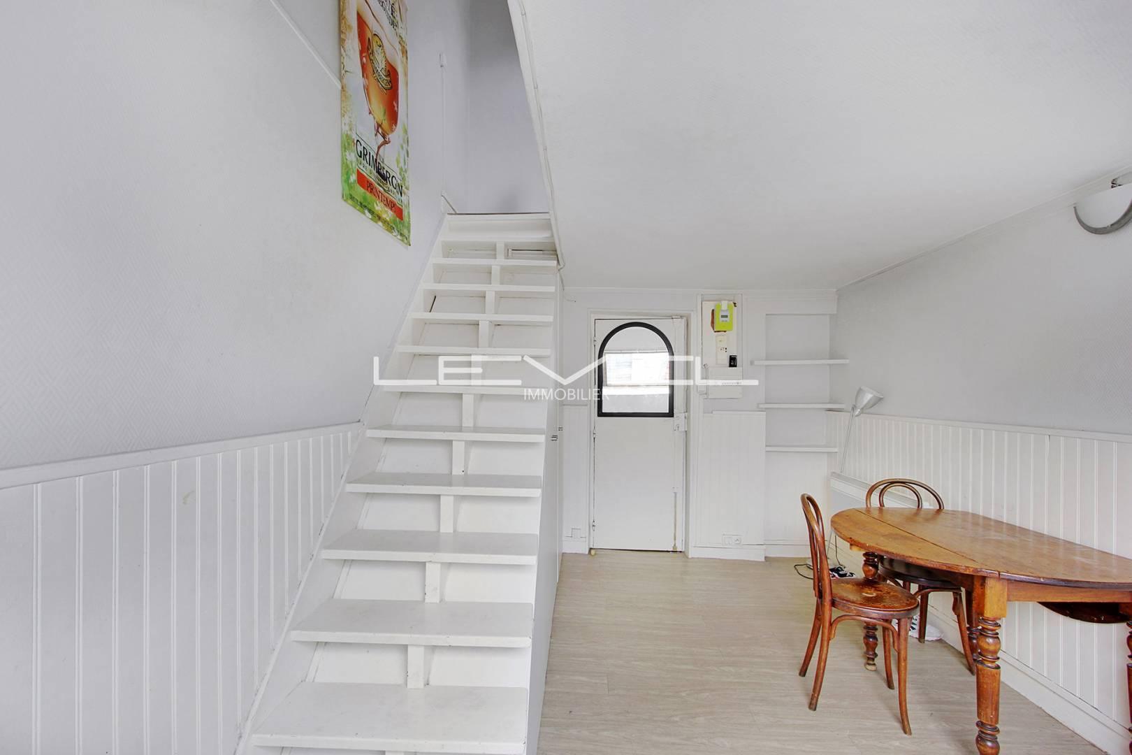 Stair Wooden floor